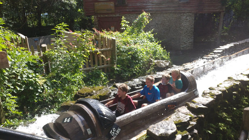 the american plunge at silver dollar city